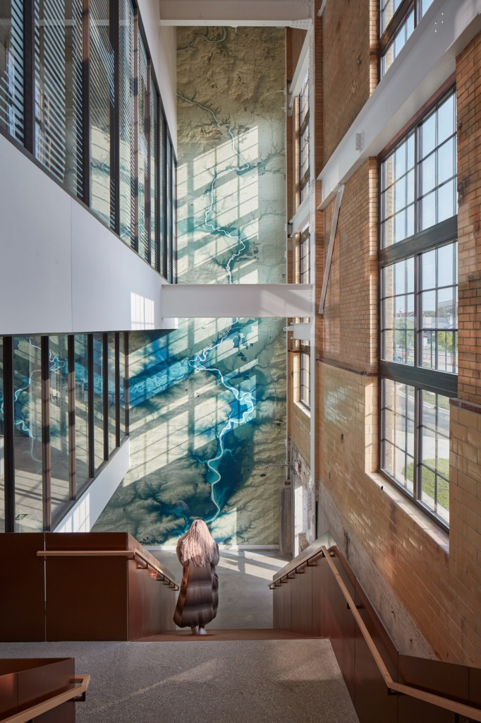 beloit-powerhouse-studio-gang-wisconsin-tom-harris_dezeen_2364_col_3-scaled.jpg